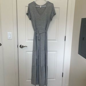 Maxi Grey tiered Dress Pinkblush